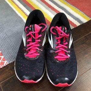 Brooks glycerin 16 cushion 9.5 running shoes black